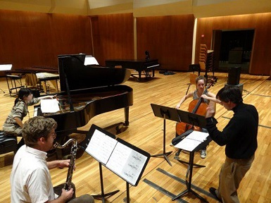 Illinois Modern Ensemble in rehearsal