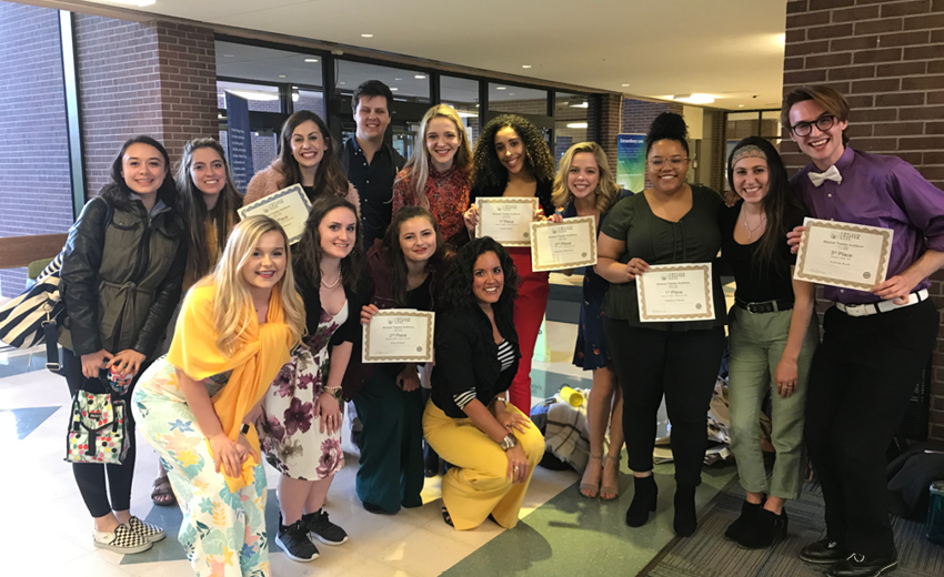 UI singers show off their awards